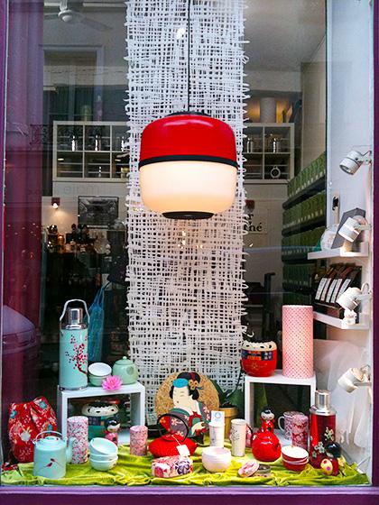Vitrine de la boutique de neo.T. à Paris